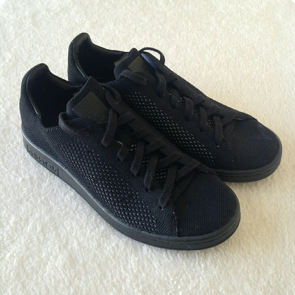 quality design 9c592 10e7e Adidas Stan Smith Primeknit Triple Black
